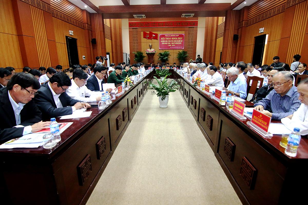 Đông đảo đại biểu dự hội thảo, trong đó có nhiều chứng nhân lịch sử trong cuộc Tổng tiến công và nổi dậy xuân Mậu Thân 1968 ở Quảng Nam. Ảnh: T.C