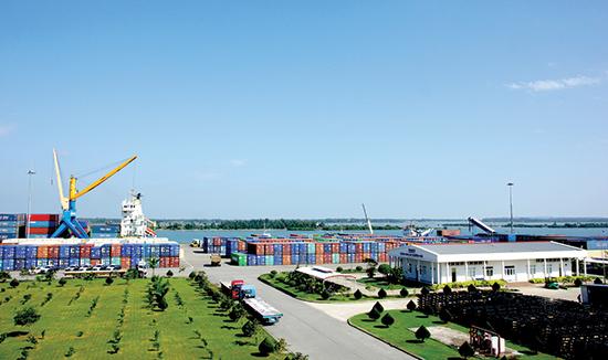 Thaco sẽ tiếp tục mở rộng đầu tư cảng Tam Hiệp.Ảnh: PHƯƠNG THẢO