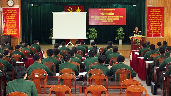 Tập huấn Thông tư 151 của Bộ Quốc phòng trong LLVT Quân khu 5.