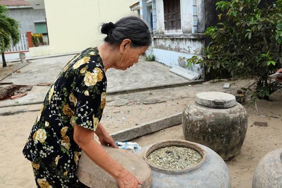 Còn khoảng 80 hộ dân còn làm nghề nước mắm ở Điện Dương