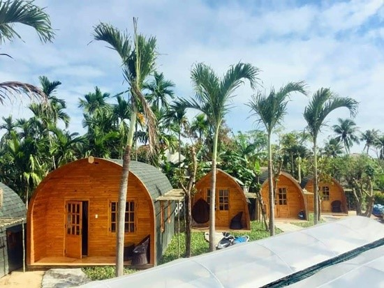 The wooden villas in the homestay.