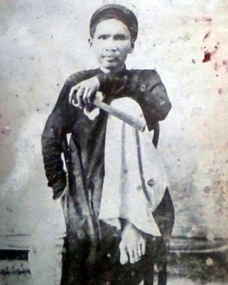 Đốc học Trần Đình Phong.