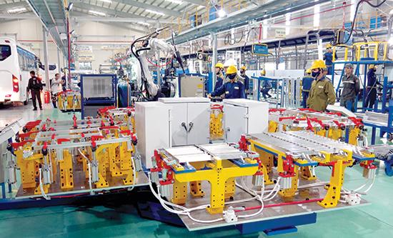 Doanh nghiệp mở rộng đầu tư, sản xuất kinh doanh... đã góp thêm động lực tăng trưởng cho Quảng Nam.Ảnh: T.D