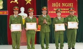 Công an xã Đại Hồng (Đại Lộc) triển khai nhiệm vụ năm 2021. Ảnh: TRIÊU NHAN