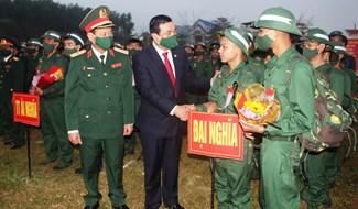 Ngày hội tòng quân ở Đại Lộc. Ảnh: T.N
