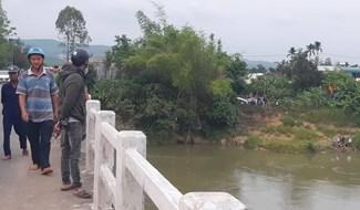 Đoạn sông Vu Gia qua khu vực cầu Hòa Đông (Ái Nghĩa, Đại Lộc), nơi xảy ra vụ việc. Ảnh: TRIÊU NHAN