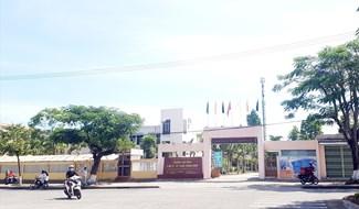 Trên lĩnh vực giáo dục nghề nghiệp, Quảng Nam sáp nhập một số trường cao đẳng, trung cấp vào Trường Cao đẳng Kinh tế - Kỹ thuật Quảng Nam và đổi tên thành Trường Cao đẳng Quảng Nam. Ảnh D.L