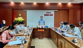 Phó Chủ tịch UBND tỉnh Nguyễn Hồng Quang chủ trì cuộc họp